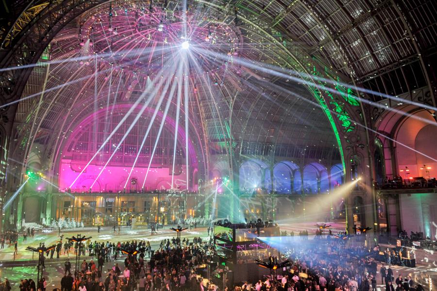 reportage d'entreprise sous la nef du Grand Palais à Paris