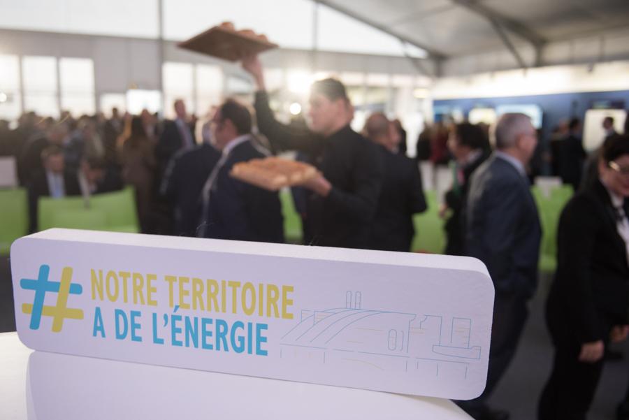ambiance durant l'événement organisé par SUEZ-SMITDUVM : signature de la charte d'excellence circulaire et solidaire à Créteil.